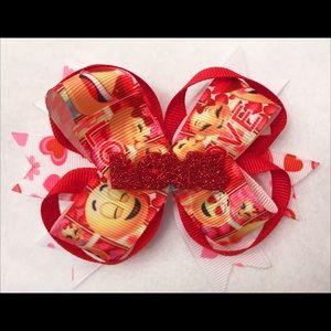 Other - Emoji Valentine bow